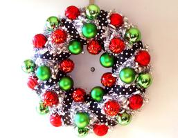 Shiny Tinsel Wreath craft