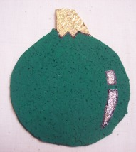 How to make a Christmas ornament coaster
