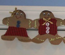 Craft Paper Gingerbread Garland craft idea