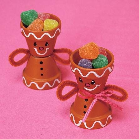 how to make a gingerbread man candy holder