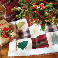How to make a Christmas tree skirt