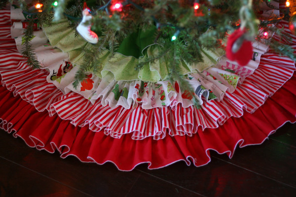 how to sew a ruffle tree skirt