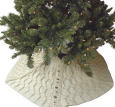 knitting pattern - Christmas tree skirt